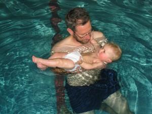 Swimming is fun.
