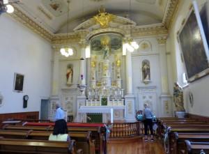 Inside Notre-Dame-des-Victoires